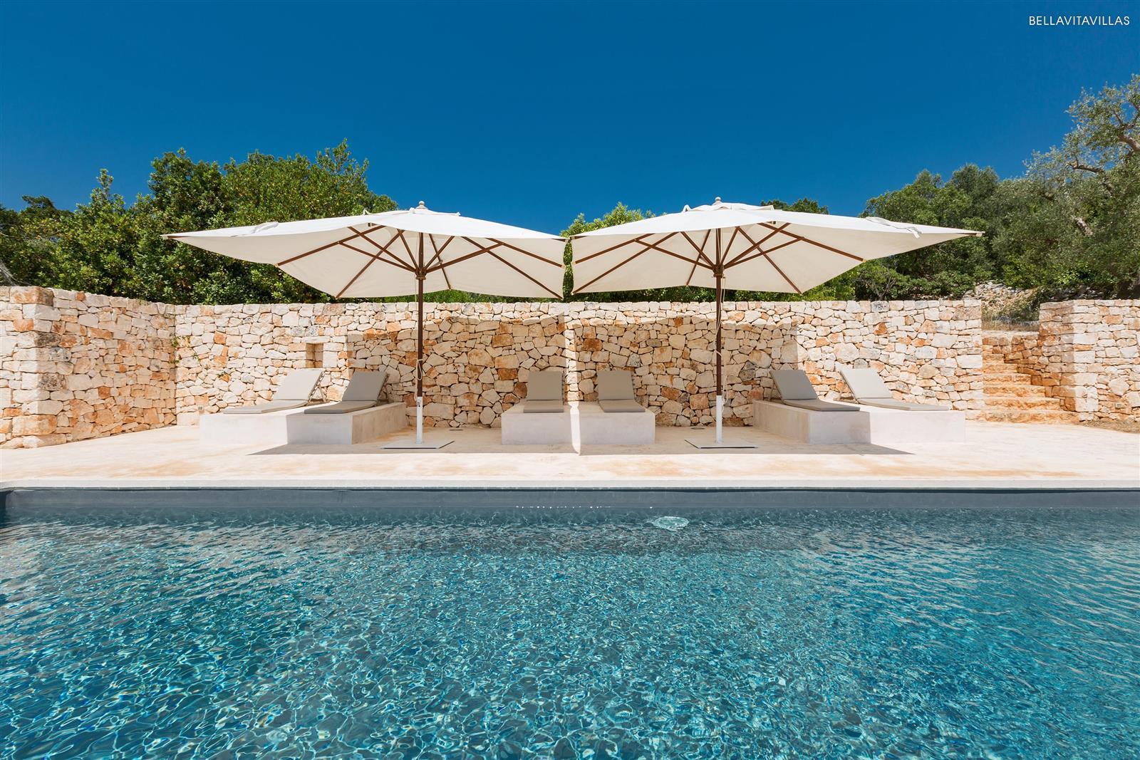 Affitto villa di design con piscina a ostuni con 6 camere - Affittare casa siti ...